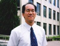 島根大学法文学部 野田哲夫助教授 (情報経済論)