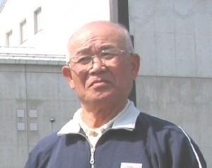 山根梶夫さん(71)
