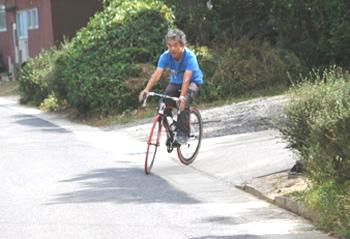 ロードタイプ自転車専門店タクワサイクル 多久和富義さん