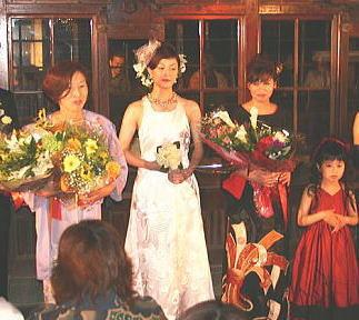 おもひで屋主催レトロモードショー2006