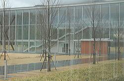 平面を意識した造りの建物構造